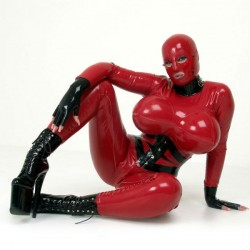 latexlady_avengelique1