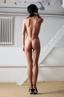 nude-2197927__340