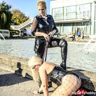 Domina Kontakte mit Lady Doro aus Berlin